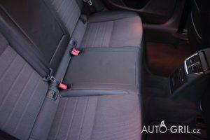 číštění interiéru - zadní sedadla