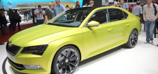 Nová Škoda Superb - autosalon